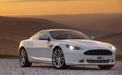 2011 Aston Martin DB9 Photos