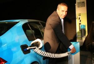 Bureaucrats Banish Better Place Because Charging Stations Aren't Green