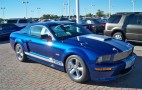 Thieves Make it Look easy, Steal 2008 Shelby GT from Ford Dealership
