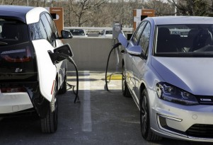 Did The DC Quick-Charging 'Standards War' Just Quietly End For Electric Cars?