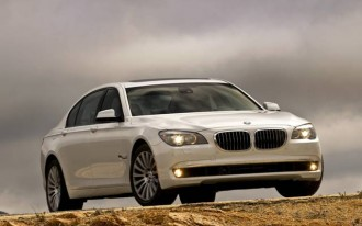 The Six Is Back: 2011 BMW 7-Series Adds 740i, 740iL