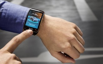 BMW Is Working On 360-Degree Collision Avoidance & Parking Via Smartwatch