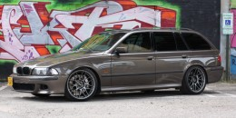 1999 BMW 528iT with a 427 V-8 swap