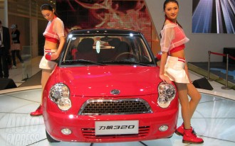 RIP 'Booth Babes': Do We Need Auto Show Models Anyway?