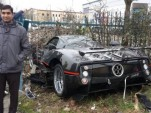 Borrowed Pagani Zonda GJ crashed in London. Image via Unilad.