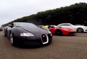 Bugatti Veyron and Ferrari LaFerrari drag race