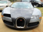 Bugatti Veyron sold as salvage wreck