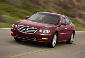 GM Recalls 316,000 Buick, Chevrolet, GMC, Isuzu, Saab Vehicles For Headlamp Problems