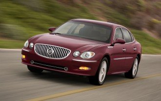GM Recalls 316,000 Buick, Chevrolet, GMC, Isuzu, Saab Vehicles For Headlamp Problems