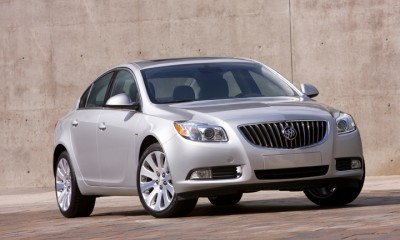 2011 Buick Regal Photos