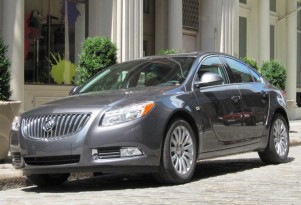 Chicago Auto Show Preview: 2012 Buick Regal With eAssist Option