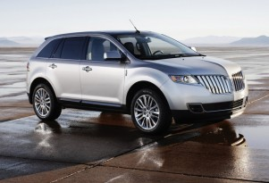 Today at High Gear Media: Lincoln MKX, Oprah, and CT 200h