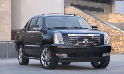 2010 Cadillac Escalade EXT Photos