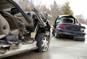 Younger Women Drivers More Likely To Die In Crashes Than Younger Men: Study