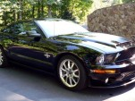 Carroll Shelby's 2009 Mustang GT500KR - image: Vicari Auctions