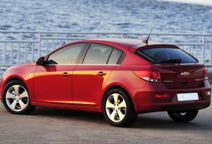 2011 Geneva Auto Show Preview: 2012 Chevrolet Cruze Hatchback