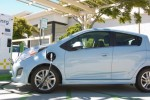 California, Washington Lead All Other States In Electric-Car Ownership Rates
