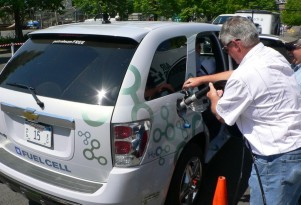 Fuel-Cell Vehicles Are Likely Coming (A Few): Who's Winning?