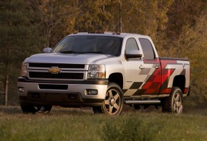 Chevrolet Rolls Out Pair Of Modified Silverados For SEMA