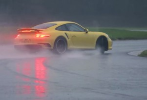 Chris Harris gets a Porsche 911 Turbo extremely sideways