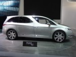 Chrysler 700C Concept  -  2012 Detroit Auto Show