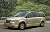 2010 Chrysler Town & Country Photos