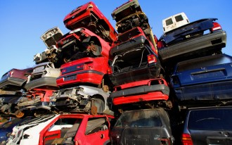 Americans In No Hurry To Retire Clunkers, As Sales Falter