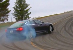 New Tesla Testing Technique From Staid Consumer Reports: Drifting!