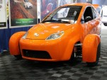 You know cars, trucks, and motorcycles, but what's an autocycle? (It's an Elio)