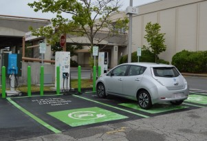 Electric-car charging networks spin out, merge, and go global