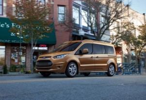2014 Ford Transit Connect Wagon Unveiled: 7 Seats, 30 MPG