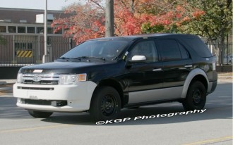 2011 Ford Explorer: Spy Shots