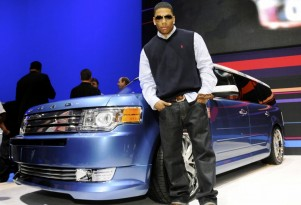 Hip-Hop Star Nelly Shows Customized 2009 Ford Flex at SEMA