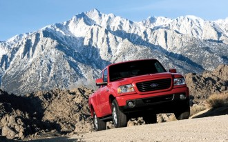 Ford Recalls Ranger, Excursion, E-Series, F-Series For Lighting Flaw