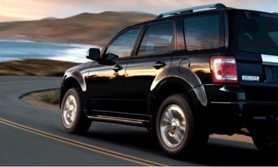 2010 Ford Escape Photos
