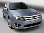 2010 Ford Fusion Hybrid: High-Mileage Achiever, Everyman's Interior
