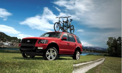 2010 Ford Explorer Photos