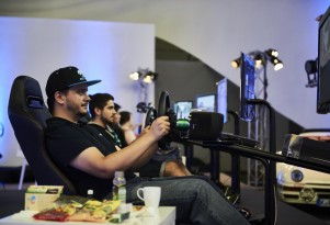 Gamers set a new record with a 48-hour marathon session of Forza 6