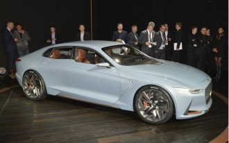 2017 Acura MDX, 2017 Mitsubishi Outlander PHEV, Genesis concept: What's New @ The Car Connection