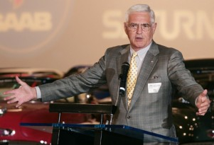 GM vice chairman Bob Lutz