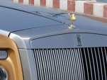 Golden Rolls Royce Phantom Drophead Coupe lands in Abu Dhabi