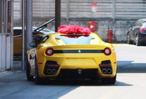 Hardcore Ferrari F12 spy shots - Image via Cavallino Rampante