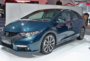 European-spec Honda Civic live photos