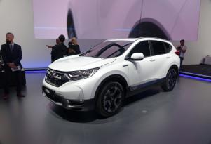 Honda CR-V Hybrid displayed in Frankfurt; US likely next, but when?