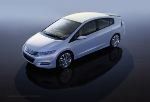Honda Insight Generates Swift Demand In Japan