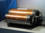 Hydrogen compression tank