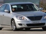 Hyundai prepping long-wheelbase Genesis sedan