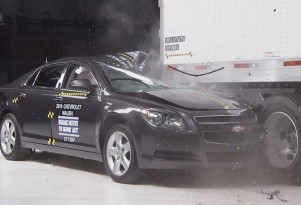 IIHS: Today's &quot;Mansfield Bars&quot; Don't Work So Well (Video)