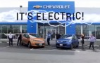 Low-budget Chevy Bolt EV dealer ad normalizes electric cars