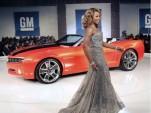 GM Style: Fashion Forward, News Back